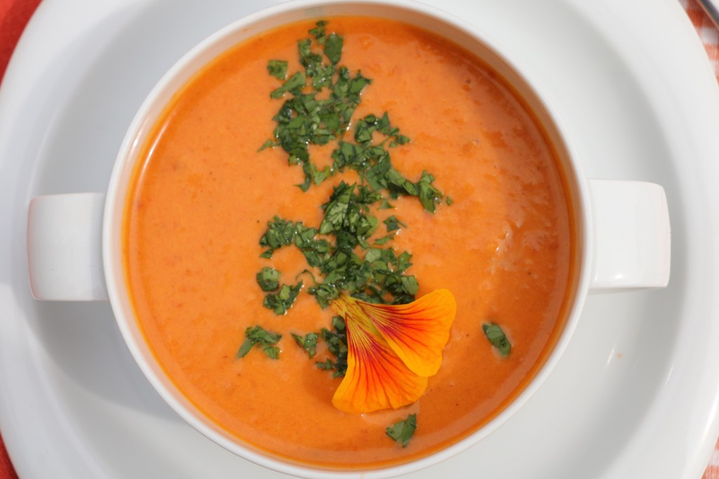 Roasted TomatoSmmerSoup
