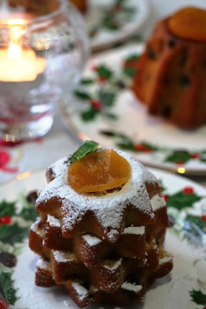 mini French fruit cakes