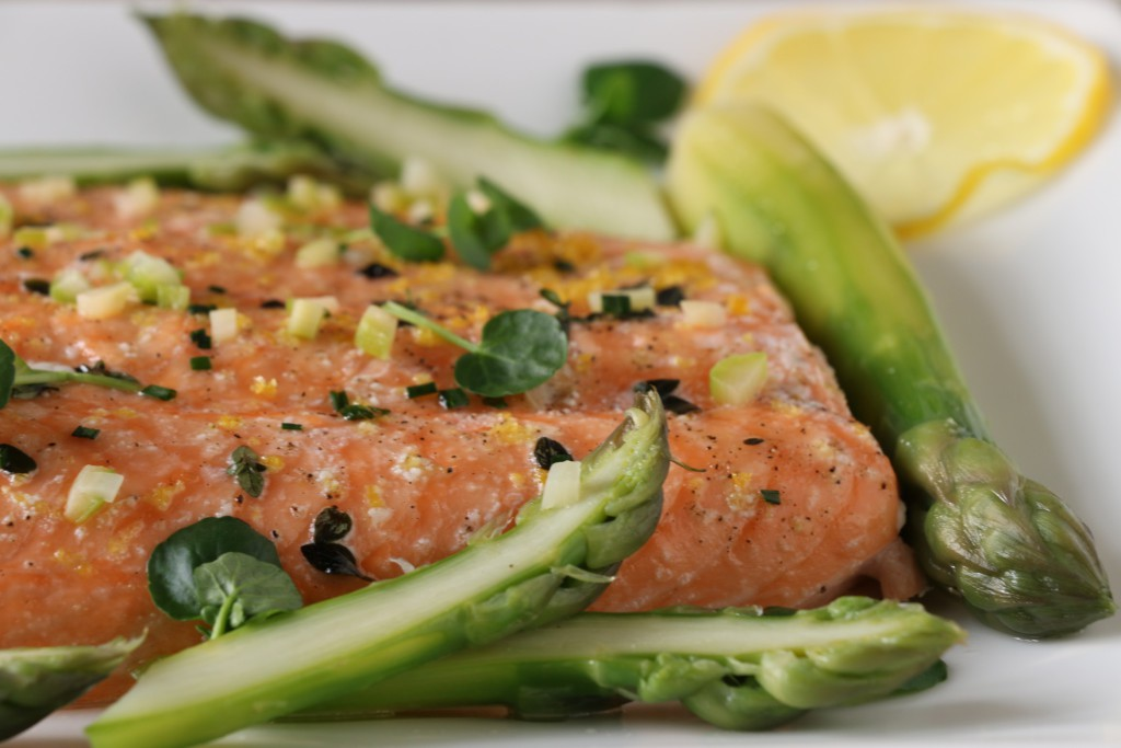 ASPARAGUS WITH SLOW-BAKED SIDE OF SALMON