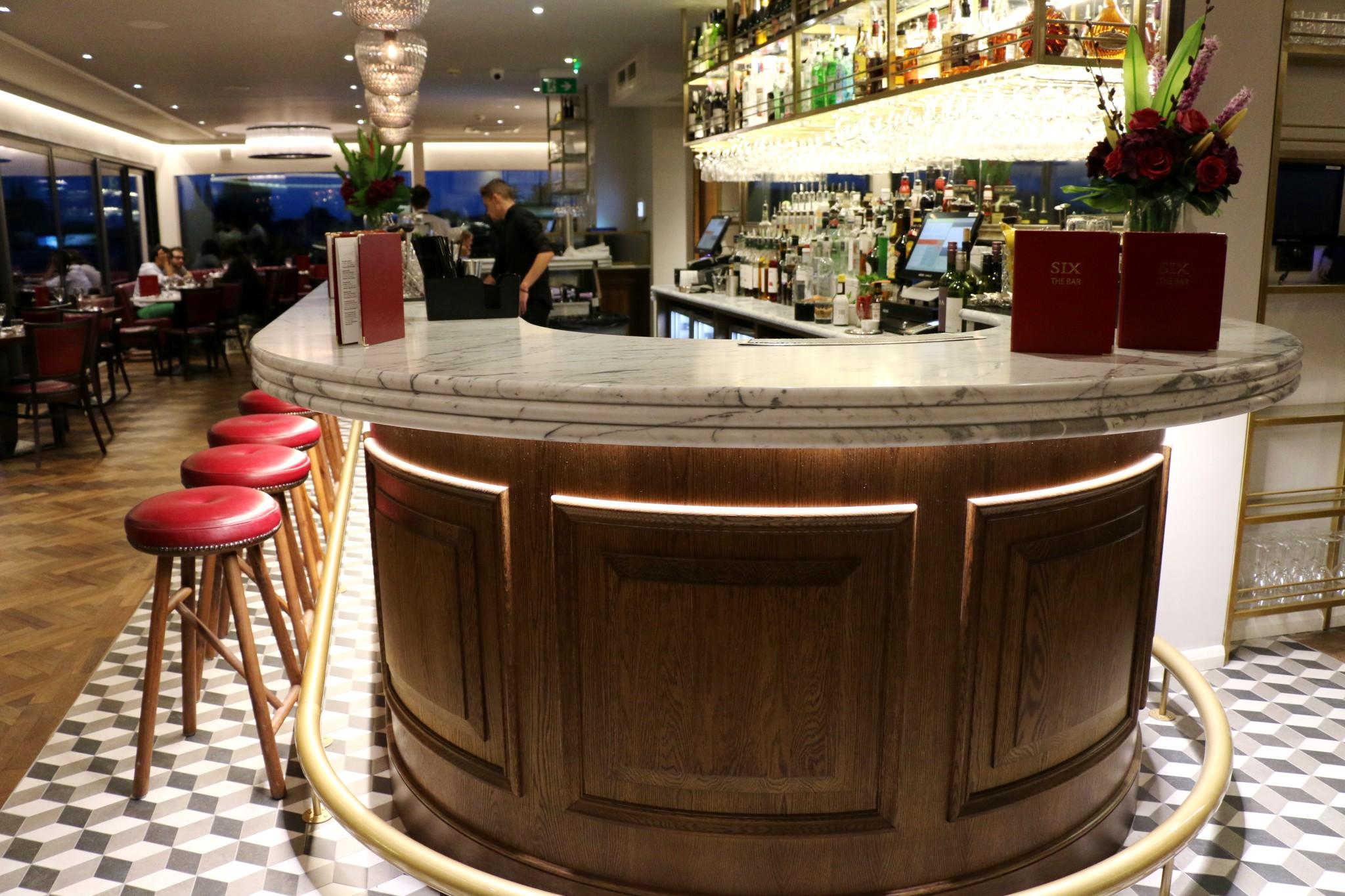 Six Skyline Bar and Restaurant, Cambridge   Crumbs on the ...