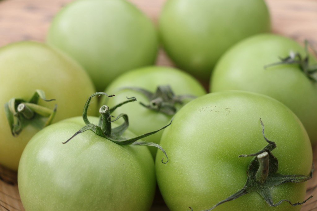 green-english-tomatoes